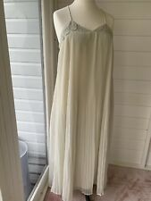 Zara L Pistachio Pleat Maxi Dress, pastel green BNWT (UK 14 SS19)
