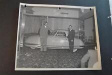 Vintage Photo RARE 1948 Davis Divan 3 Wheel Car Auto Show Salon 892006