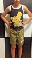 Bart Simpson Khaki H&M Badeshorts und Schwarz-Gelb Trager-Hemd, Gr. 146-152