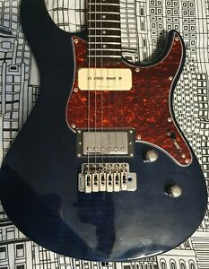Yamaha Pacifica 611VFM Electric Guitar in black