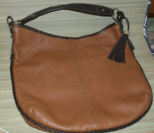 WOMENS AUTOGRAPH BROWN LEATHER BAG (WB48)