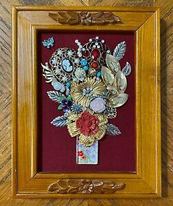 """Vintage Jewelry Art Framed Floral Arrangement in Wood Frame 8 3/4"""" x 6 3/4"""""""