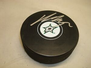 Kari Lehtonen Signed Dallas Stars Hockey Puck Autographed 1C