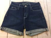 Womens Universal Thread High Rise Midi Stretch Dark Denim Cuffed Shorts Size 2