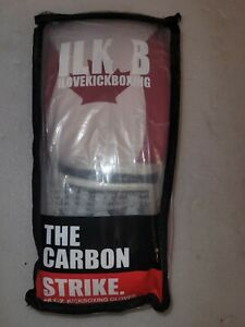 NIP Carbon Strike Canada Flag Maple Leaf 16 oz Kickboxing Gloves Ilovekickboxing