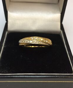 18CT TWO TONE GOLD DIAMOND CROSSOVER DRESS RING
