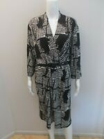 NEW RRP$149 JANE LAMERTON BLACK/WHITE/GREY DRESS WITH BELT SIZE 24   (#C1200)