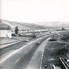 ITALIE c. 1960 - Autos Autoroute du Soleil vers Bologne Italie - Div 12532
