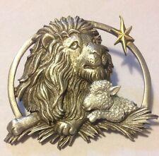 JJ VINTAGE LION & LAMB UNDER A STAR IN THE SKY PEWTER BROOCH