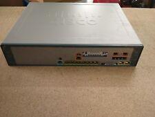 Cisco uc520-32u-4bri-k9 Price avec o VAT € 700