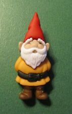 "(1) 1&1/2"" GARDEN GNOME in BROWN PLASTIC CRAFT EMBELLISHMENT SHANK BUTTON (119x)"