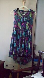GIRLS PRIMARK  Yd  SIZE 12/13  DRESS WITH BUTTONED ATTACHED LINING IN BLACK.
