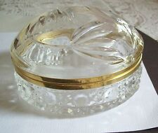Gorgeous Vintage Etched Glass Hinged Top Vanity Jewelry Powder Box Casket