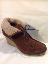 Ladies Brown Ankle Suede Boots Size 41