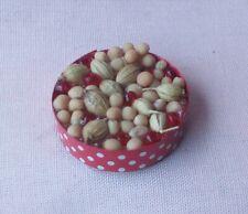 Casa delle Bambole cibo in Legno Ciotole di frutta secca /& Nut Cracker F23