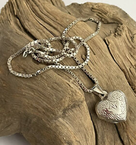 Vintage 925 Silver Floral Engraved Heart Shaped Opening Picture Locket & Chain