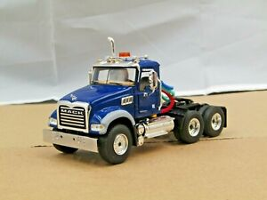 First Gear blue Mack Granite daycab tractor new no box 1/50