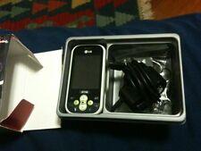 LG Tribe Chat Mobile White Green + Scatola E Accessori