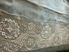 Beautiful Vintage Handmade Filet Lace Table Runner