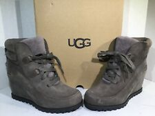 UGG Womens Size 8.5 Valory Gray Suede Lined Waterproof Wedge Heel Boots ZB-406