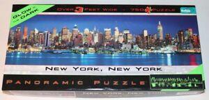 2 Jigsaw Puzzle LOT NEW YORK CITY GLOW IN DARK PRISMATIC 500-750 PC SKYLINE