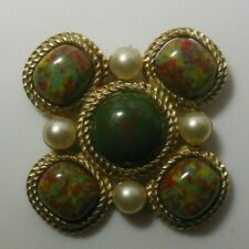 Vintage Signed Sarah Coventry Large Gold-tone Maltese Cab Faux Pearl Brooch/Pin