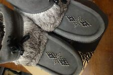 "Manitobah Mukluks ""Keewatin"" Suede Leather & Fur Bead Detailed Ankle Boots 8"