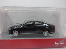 Herpa 028417 VW Passat Limousine uranograu Volkswagen grau 1:87 Neu