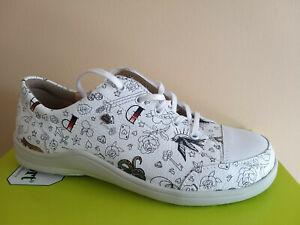 Finn Comfort Schuhe Soho in weiß graffiti  Wechselfußbett incl. Baumwollbeutel