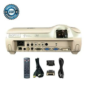 3M SCP717 DLP Projector Short-Throw 3000 ANSI 4:3 (XGA) HDMI-adapter w/bundle