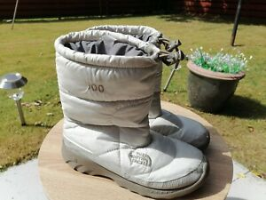 North Face 700 snow Boots