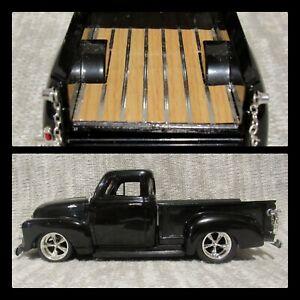 1953 CHEVY 3100 PICKUP TRUCK BLACK WOOD BED LOOK 1/24 CHEVROLET JADA