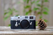 Leica M2 35mm Rangefinder Film Camera