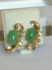 Vintage Green Jade In 14k Gold earrings