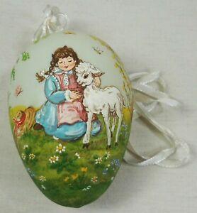 Ostern Deko - Handbemaltes großes Osterei Mädchen mit Lamm