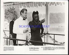 JAMES BOND A VIEW TO A KILL ROGER MOORE  GRACE JONES ORIGINAL 1985 8X10