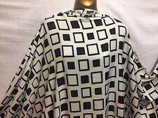 *NEW*L/Weight Fine Smooth Polyester Geometric Print Dress/Craft Fabric*FREE P&P*