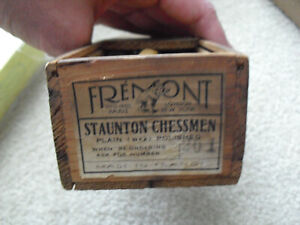 Rare Vintage Fremont France Staunton Chessmen Wood Chess Set 201 in Box
