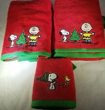 3x Peanuts SNOOPY AND FRIENDS Red Christmas/Holiday 2 Bath & 1 Hand Towels