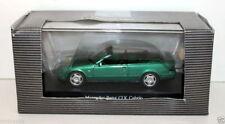 Véhicules miniatures sous boîte fermée moulé sous pression pour Mercedes