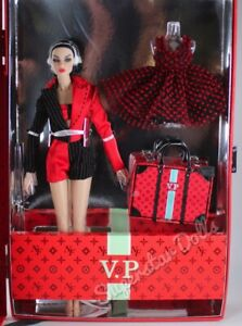 """2020 Integrity Toys: Nu Face """"Fashionable Legacy"""" Violaine Perrin Gift Set"""