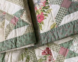 American Pacific patchwork lightweight quilt 2 shams Queen Defect