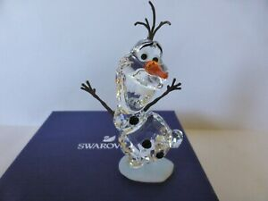 SWAROVSKI DISNEY OLAF FROM FROZEN NEW IN BOX WITH CERTIFICATE