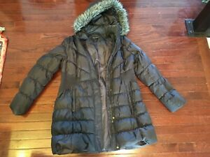 Women's Via Spiga Winter Down Coat w/ Faux Fur Size XL