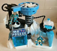Imaginext Mr Freeze Playset with 2 Figures, Launcher and 1 Disc ❄