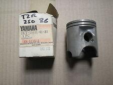 Yamaha TZR 250 TZR250 piston STD size 1KT-11631-01-35 genuine NOS