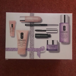 RRP £70 Clinique Clinique's Shining Stars Gift Set Skin care & makeup must-haves