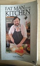 """""""FAT MAN IN THE KITCHEN"""" TOM VERNON BBC SERIES 1st EDN 1986 SOFT BACK RECIPES"""