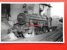 PHOTO  LMS CLASS 8F LOCO NO 48545 AT KETTERING C1960