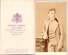 Géruzet, Bruxelles, Jeune homme Vintage CDV albumen carte de visite CDV, tir